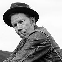 Photo of Tom Waits