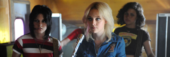 banner_therunaways