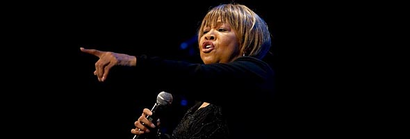 Photo of Mavis Staples (Teatro Cervantes, Málaga, 14-07-11)