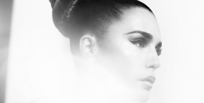 Photo of Jessie Ware – Devotion