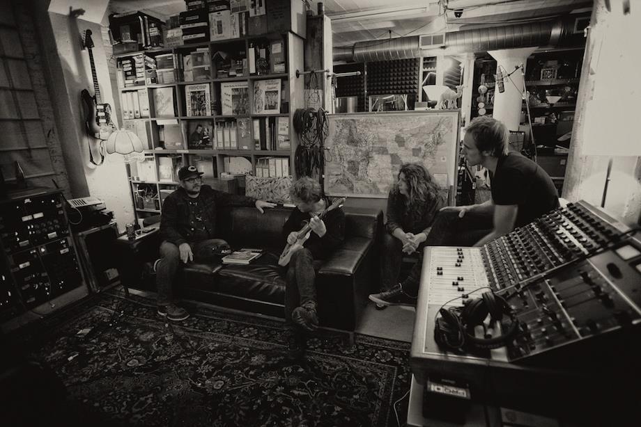 Photo of Low: nuevo disco a la venta y visita en mayo