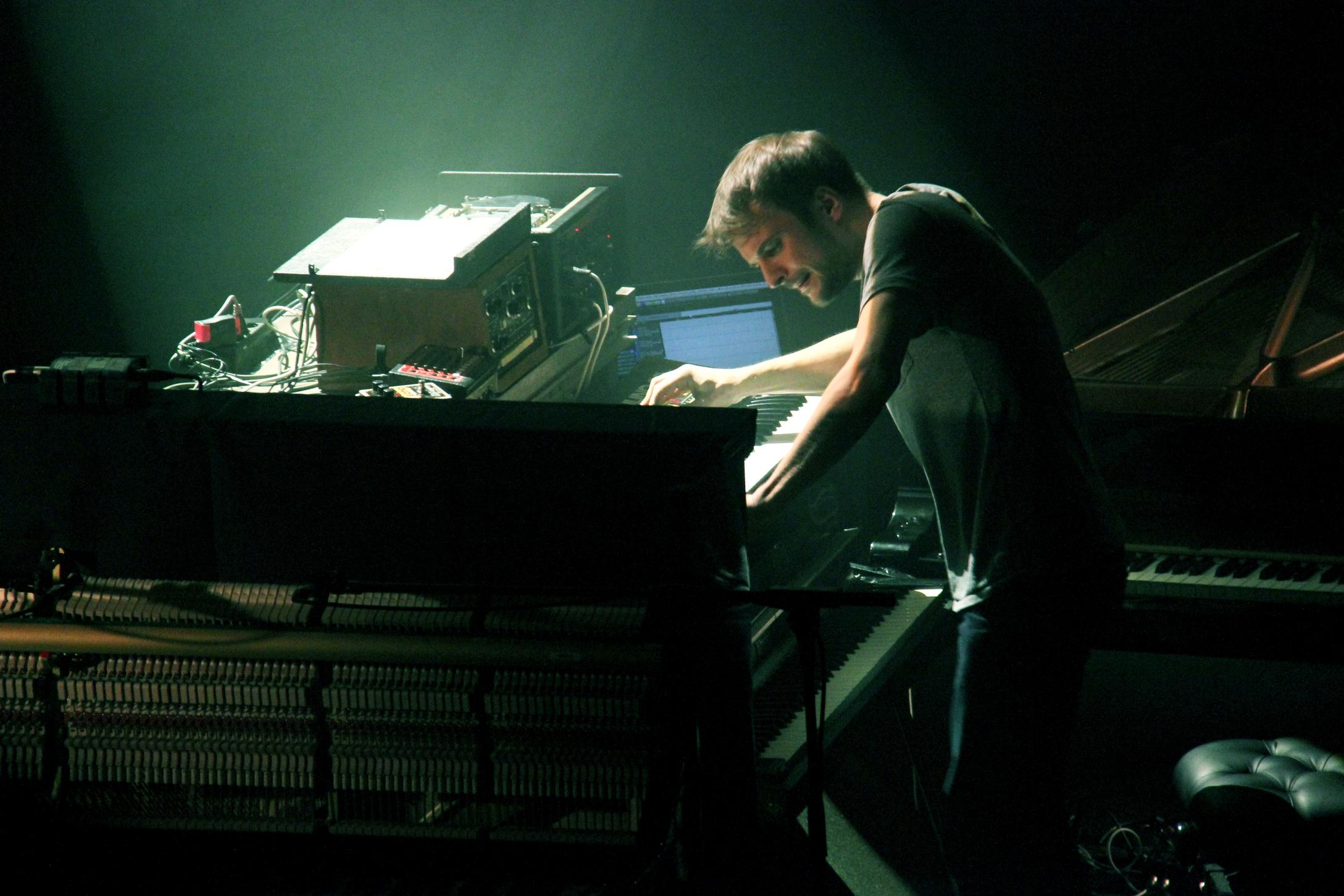 Photo of Instantáneas: Nils Frahm (Teatro Tívoli, Barcelona, 07-03-2014)