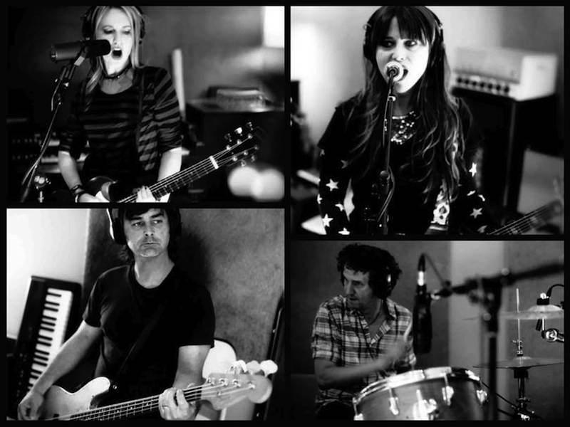 Photo of Las primeras canciones de Veruca Salt en casi 15 años