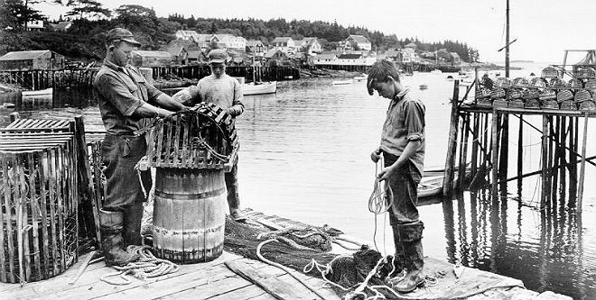 New Harbor fisherman shows two boys how to rig a trap