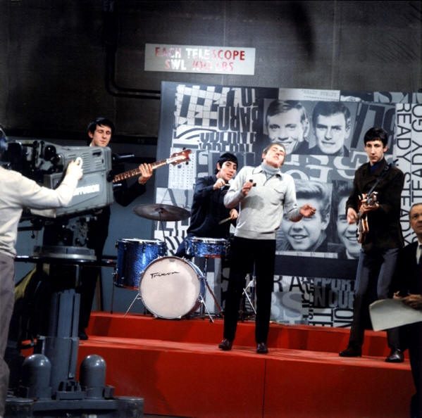 65-The_Who-PP-074-The_Who