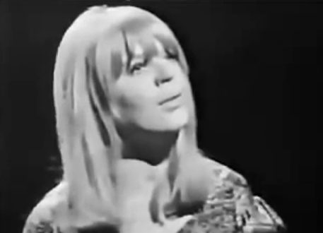 Photo of Marianne Faithfull – In my time of sorrow (1965)