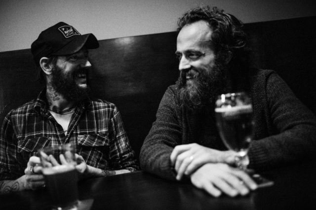 Photo of Sam Beam (Iron & Wine) y Ben Bridwell (Band of Horses) graban un disco de versiones