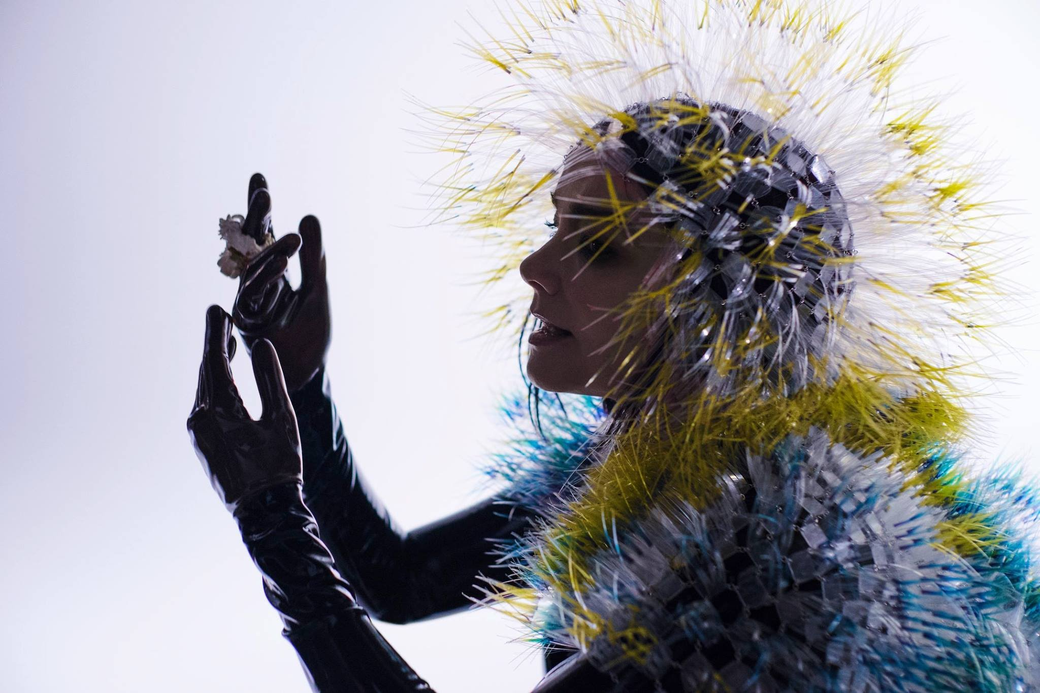 Photo of Björk pospone su gira europea a 2021