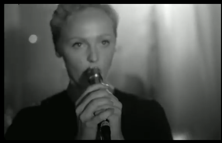 Photo of Laura Marling – I Feel Your Love (Director's Cut)