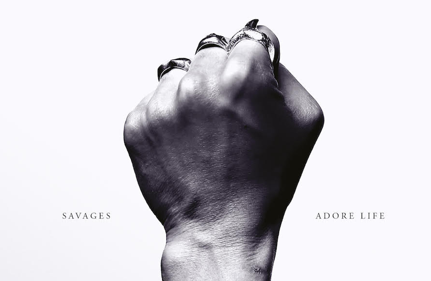 Photo of [Reseña] Savages – Adore Life