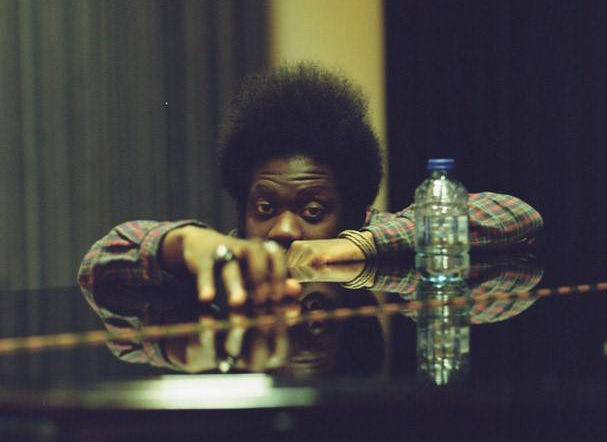 Photo of Michael Kiwanuka regresa con Love and Hate