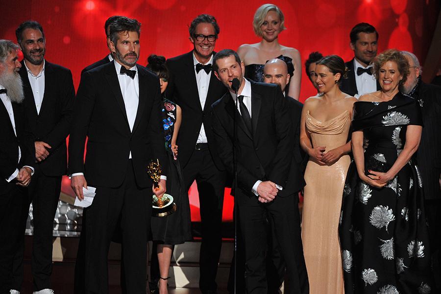 Photo of Juego de Tronos vuelve a arrasar en los Emmy