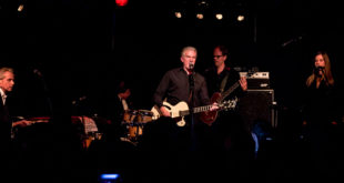 [Crónica] Mick Harvey (Apolo, Barcelona, 29/03/17)