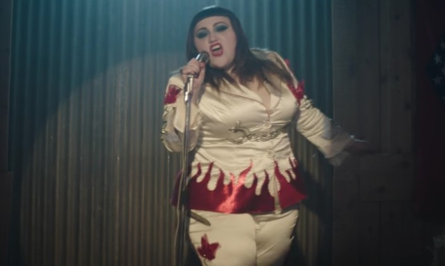 Photo of Beth Ditto – Fire