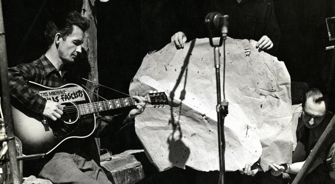 Photo of 50 años sin Woody Guthrie