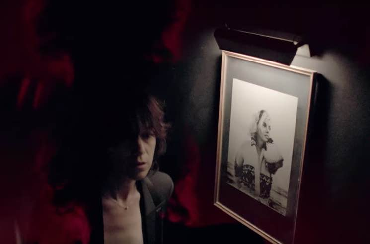 Photo of Charlotte Gainsbourg – Lying with you