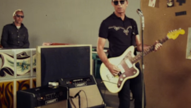 Photo of Noel Gallagher's High Flying Birds – It's a beautiful world