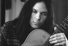Photo of Los 50 años del debut de Neil Young