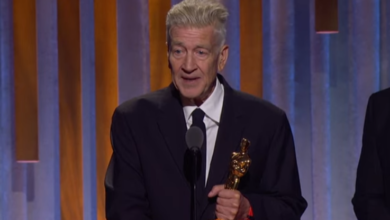 Photo of David Lynch recibió el Oscar Honorífico a toda su carrera