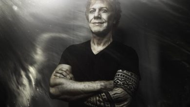 Photo of Danny Elfman lanza su primera música en solitario en 36 años